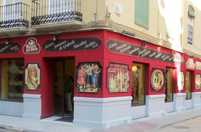 Discover the route of the most authentic corner shops in Málaga: Andalusian traditional products: Ultramarinos El Almacén del Indiano