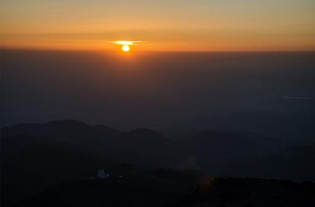 Sierra Nevada: wo der Süden sich weiß kleidet: Atardecer desde el Veleta