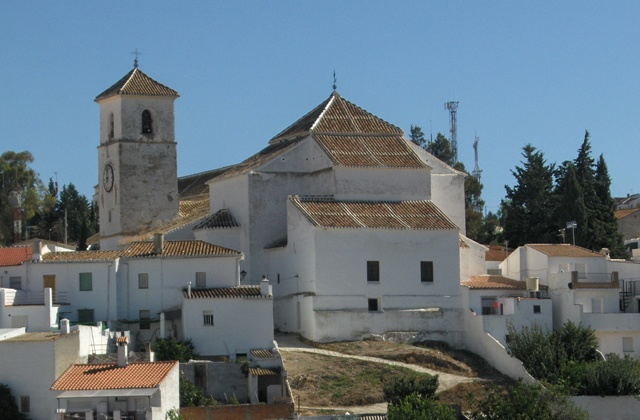 7 oil sites in Axarquia. Enjoy the oil route and the mountains: Iglesia de la Asunción