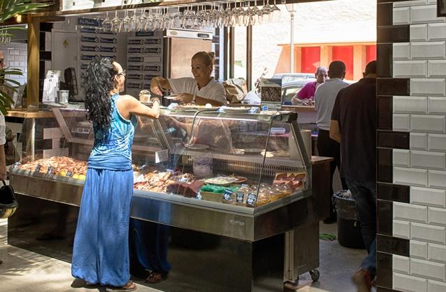 Ambrosia Market, the gourmet essence of Puerto Banus: La Lonja