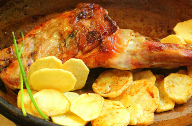 plats typiques de Noël d'Andalousie - Paletilla de cordero al horno