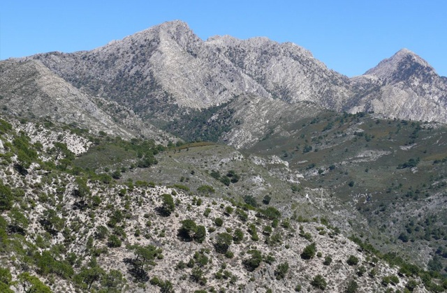 Hiking route through Sierras de Tejeda, Almijara and Alhama: Sendero Casa de la Mina Pradillos.