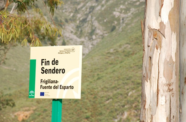 Hiking route through Sierras de Tejeda, Almijara and Alhama: Sendero Frigiliana. Fuente del Esparto.