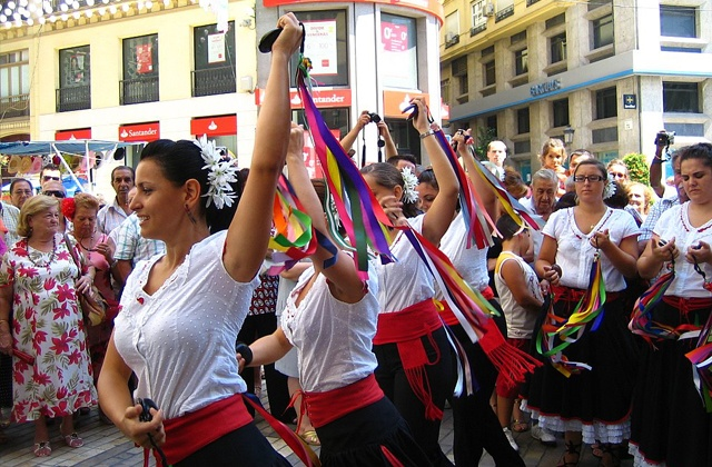 The 'zambombás': the most genuine party of Andalusian folklore: Verdiales de Málaga