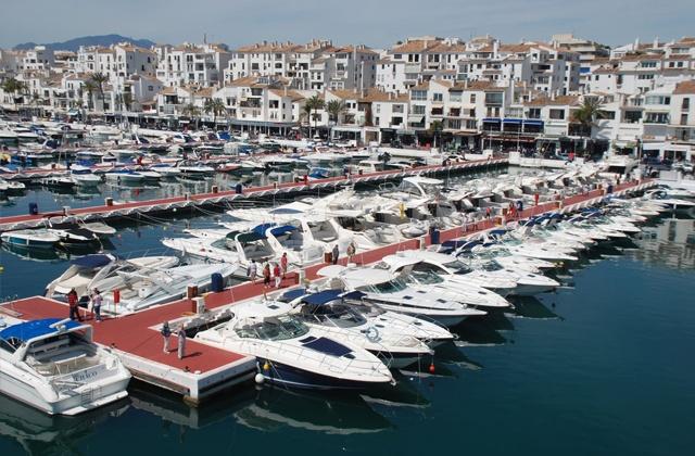 cómo llegar a Marbella - Puerto Deportivo de Marbella