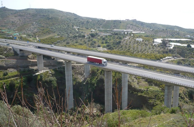 Torrox Costa: 5 ways to get to the 'Best Climate in Europe': Autovia a Torrox