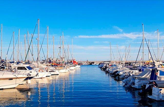puerto deportivo la Caleta, Vélez Málaga