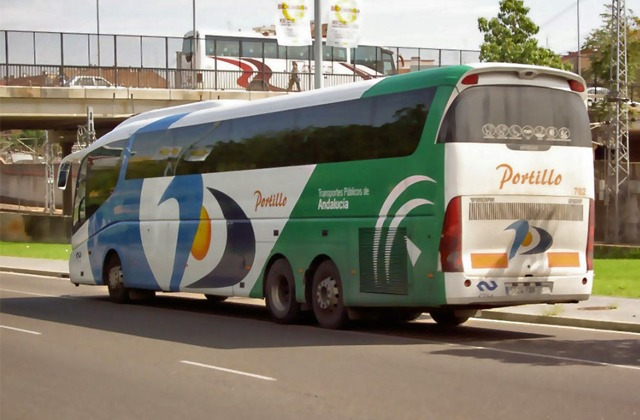 Estepona: 6 ways to get to one of the jewels of Costa del Sol: Autobus