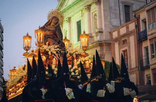 Semana Santa - Tronos en la calle