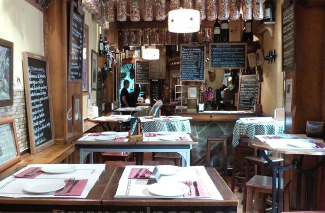 10 essential tapas bars in Málaga: El tapeo de Cervantes