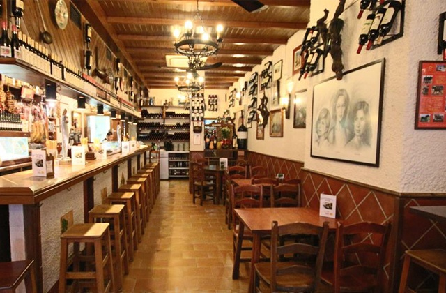 10 essential tapas bars in Málaga: La Cepa