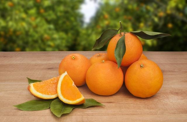 7 'superaliments' que vous devez intégrer dans votre alimentation: Naranjas