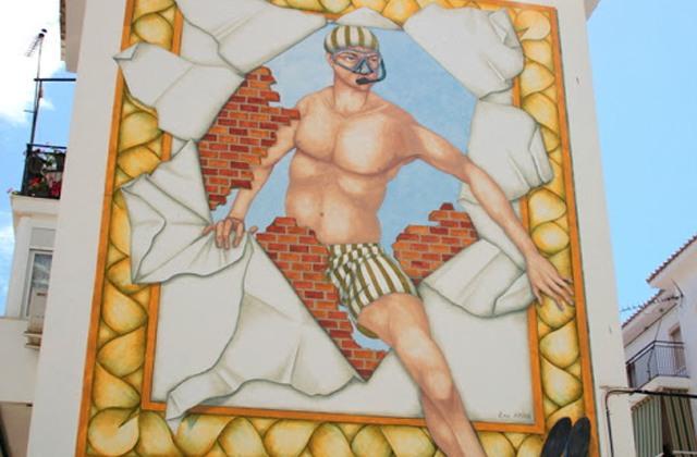 Route of Artistic Murals - Ángel el Buceador