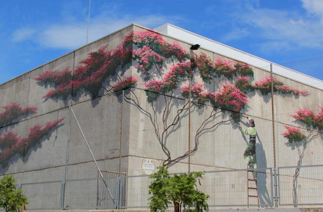 Route of Artistic Murals - La poda de la Buganvilla