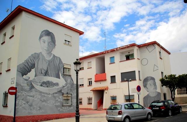 Route der Wandbilder - Madre amorosa y la mirada de un niño