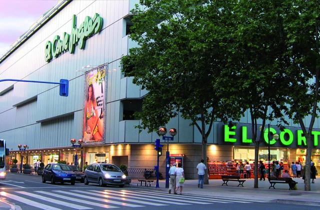 Marbella shopping - El Corte Inglés Puerto Banús