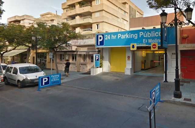 Parking in Marbella - Aparcamiento El Molino