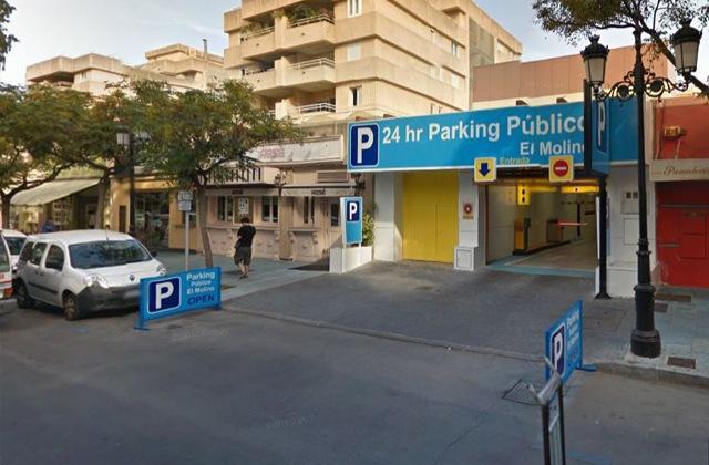 Parking in Marbella - Aparcamiento El Molino