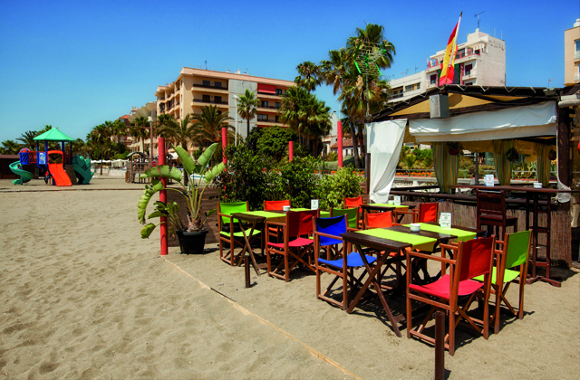 beach bars and restaurants Estepona - Chiringuito El Madero