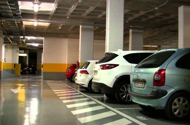 Parking in Marbella - Parquesol
