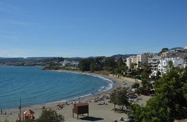 Playas en Estepona - Playa del Cristo