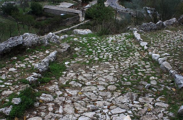 Sentiers de randonnée à Grazalema - CALZADA MEDIEVAL DE GRAZALEMA