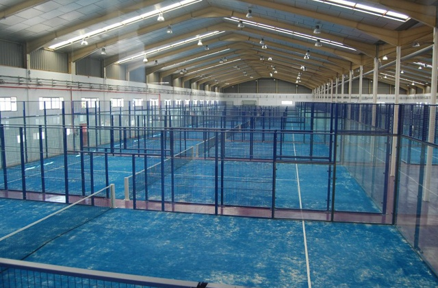 Paddle-Tennis platz Costa de la Luz - Club Padel Indoor Conil