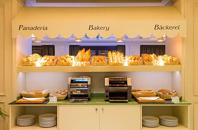 Pain avec un petit-déjeuner à Fuerte Marbella