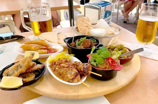 Nerja restaurants - Tapas Plaza - Credito foto Eve ation