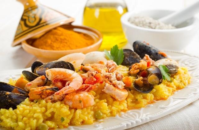 Donde comer paella en Marbella - Basilio Beach
