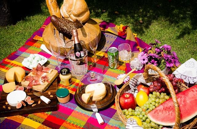 Firmen-Weihnachtsessen ideen -Ein picknick