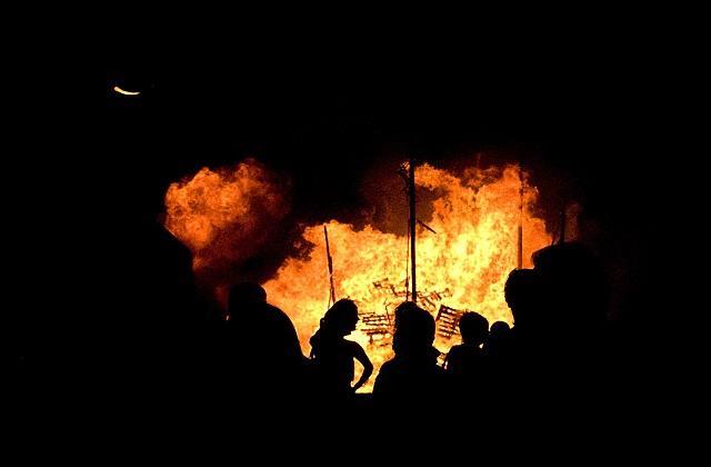 fêtes en Andalousie - Quema de los Juanillos