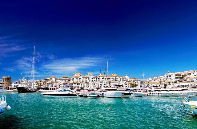 Andalusien im Winter - Andalusischen blauen Himmel