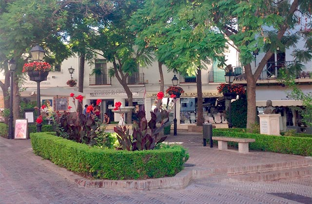 Victory Square, Marbella