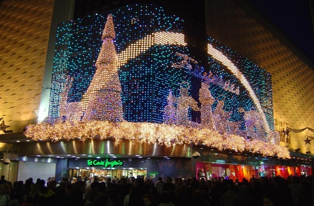 christmas shoppint in Malaga - Corte Inglés