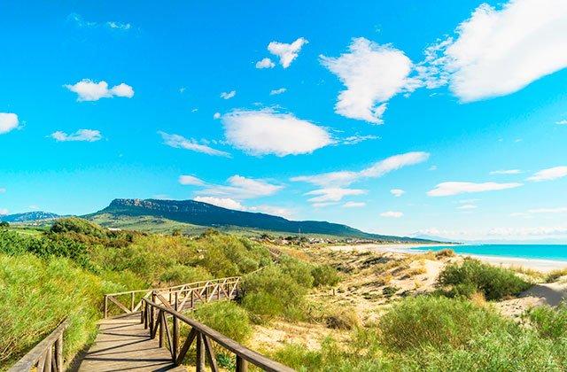 La playa de Bolonia