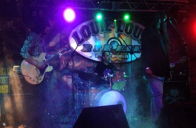Vida nocturna en Estepona - Louie Louie Rock Bar