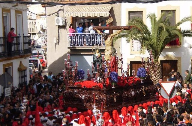 Easter Week processions in Andalucia - La Carrerita de San Juan en Alcalá del Valle