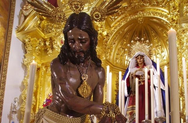 Easter Week processions in Andalucia - Jesús de la Columna