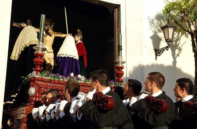 Easter Week processions in Andalucia - Procesión Magna del Santo Entierro