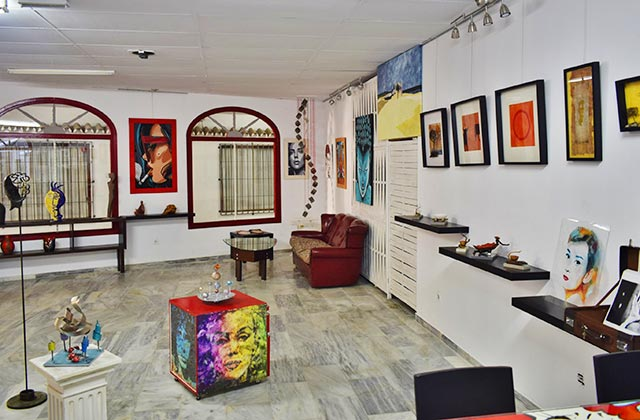 Centro Cultural & Art Gallery Studio 33, Fuengirola