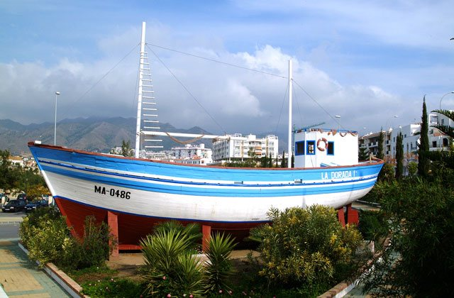 Things to See and Do in Andalucia - chanquete boat