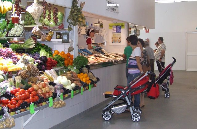 Conil markets and street markets - mercado abastos