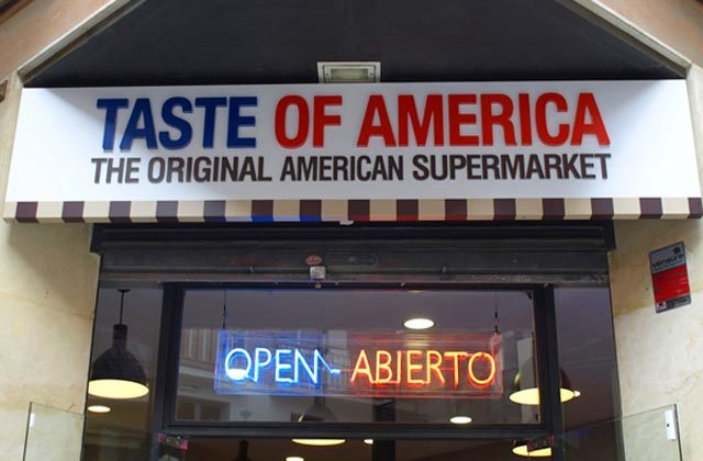Malaga shopping - Taste Of America