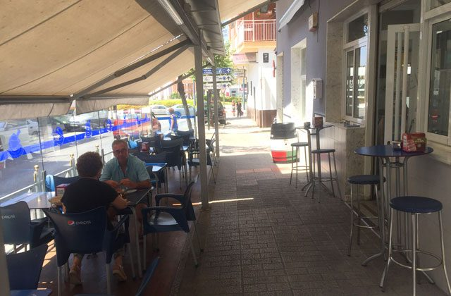 Cosas que ver y hacer en Vélez Málaga - restaurante bar el ribio