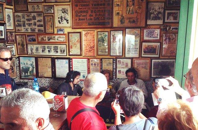 Vida nocturna en Cádiz - taberna casa manteca