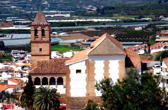 Cosas que ver y hacer en Vélez Málaga - iglesia de santa maria de la encarnacion