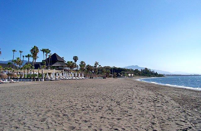 El-Padron-Playa-de-Estepona