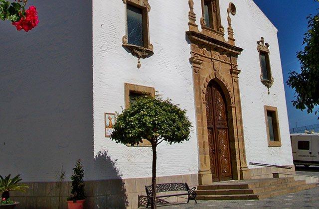 Lugares de interes y monumentos de Estepona - Iglesia de los remedios