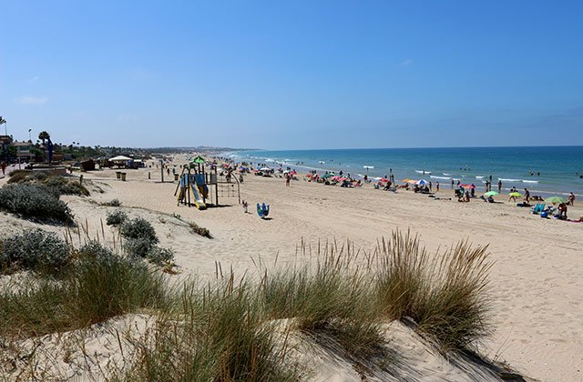 Playa de La Barrosa en Chiclana.